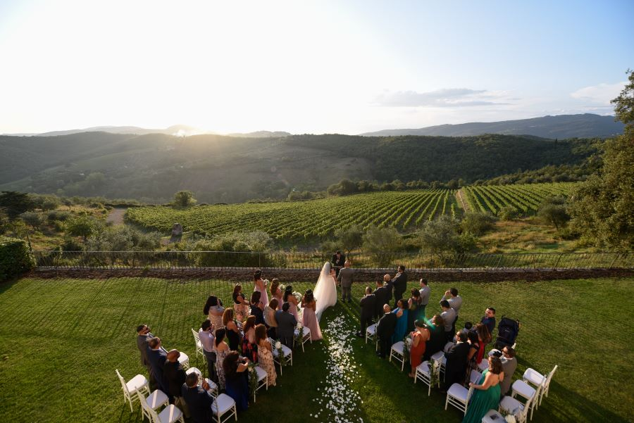 civil ceremony in tuscany