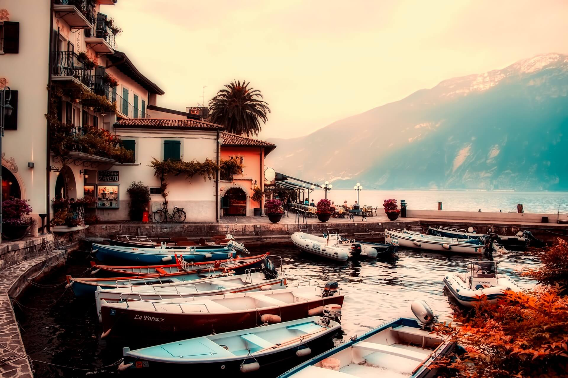 Wedding Packages on Italian Lakes