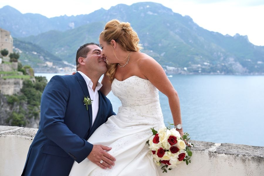 Intimate catholic wedding in Amalfi coast