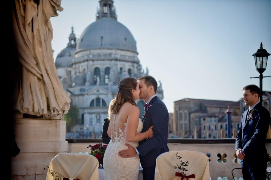 Wedding in Venice facing the Gran Canal: Kendra and Michael