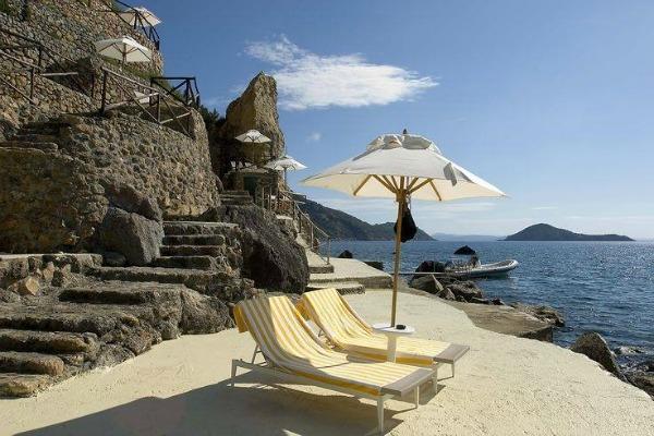 Best luxury wedding by the sea