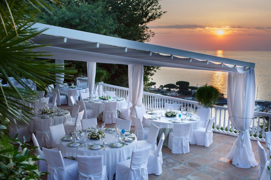 Destination wedding venue in Sorrento with panoramic view
