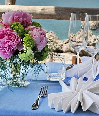 Exclusive beach club for weddings and events
