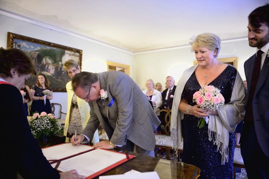 civil ceremony in Italy
