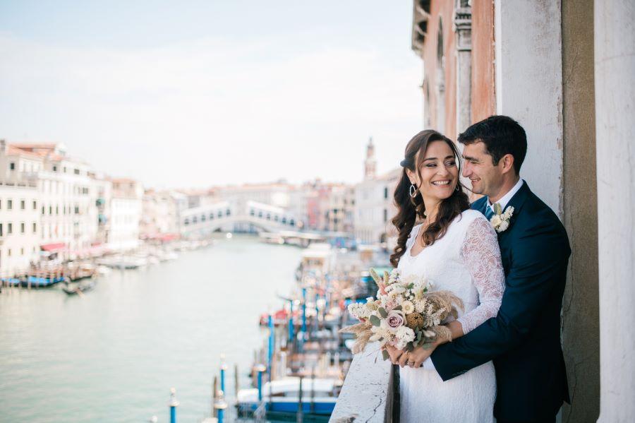 Romantic elopement package in Venice